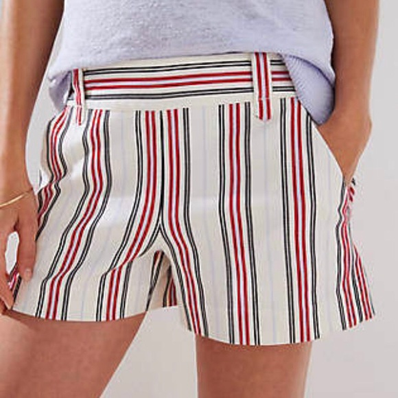 LOFT Pants - 🆕 LOFT • STRIPED SHORTS